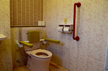 トイレ(各階共用)